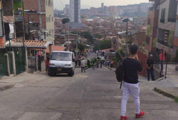 Un menor de edad habría asesinado a un joven de 30 años en Medellín