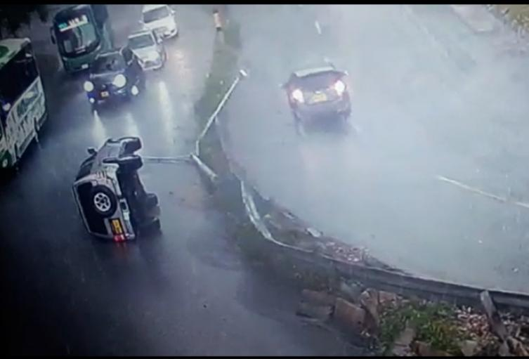 Las intensas precipitaciones obligaron a suspender el servicio de algunas líneas del Metrocable.
