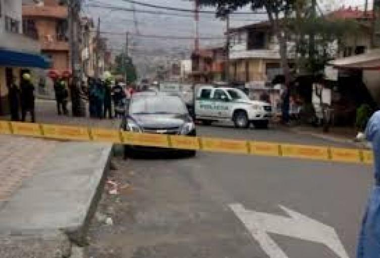 Con una almádana, una mujer habría matado a su novio en el noroccidente de Medellín