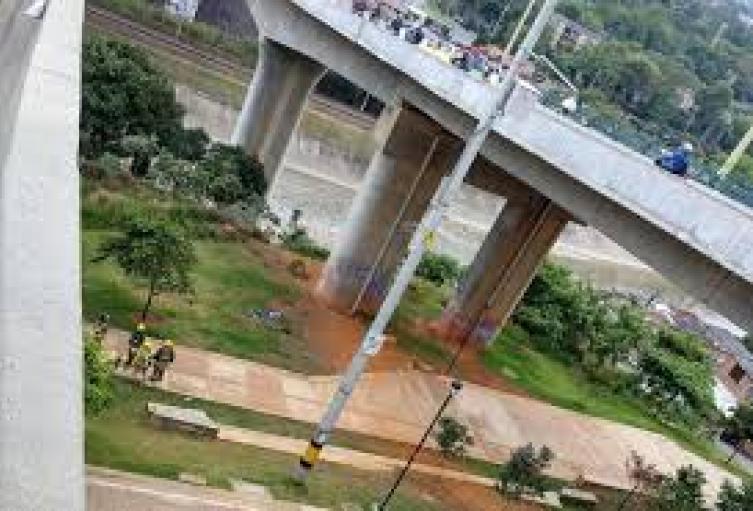 Juez de Medellín condenó a 16 años a ladrón que causó la muerte a motocicleta  en el puente de la Madre Laura