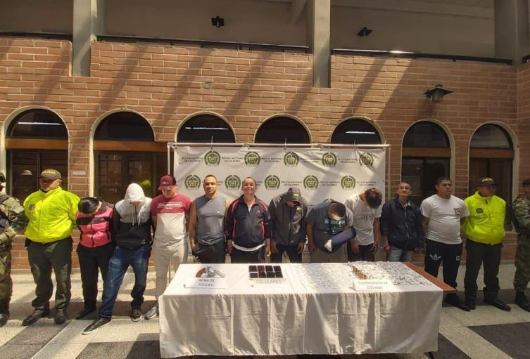 """Seis """"Descarriados"""" de la Policía de Medellín fueron asegurados por presuntos vínculos con banda criminal"""