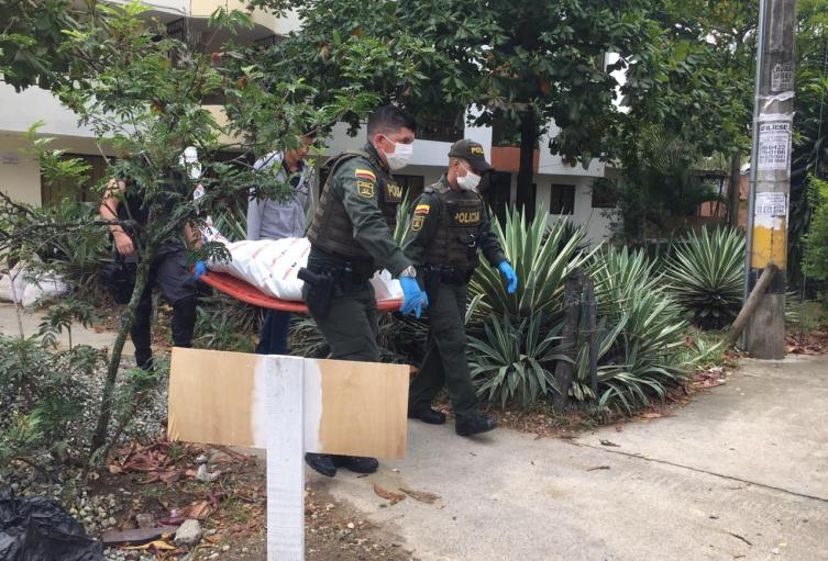Con golpes en la cabeza, hallan cadáver enterrado en una casa en Bello, Antioquia