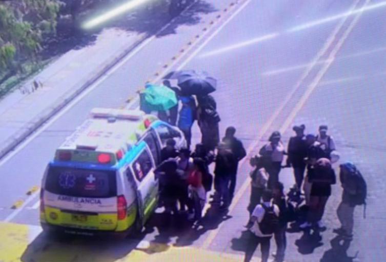 El hecho ocurrió en inmediaciones del ITM, donde se realizan protestas estudiantiles.