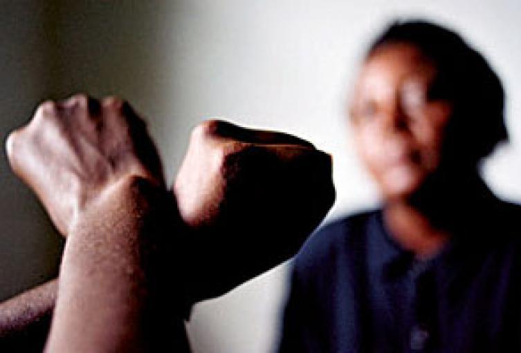 El agresor de 51 años fue asegurado en la cárcel.