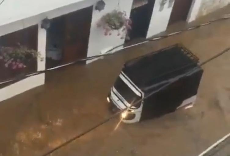 Fuerte aguacero dejó 24 familias afectadas en Santa Fe de Antioquia
