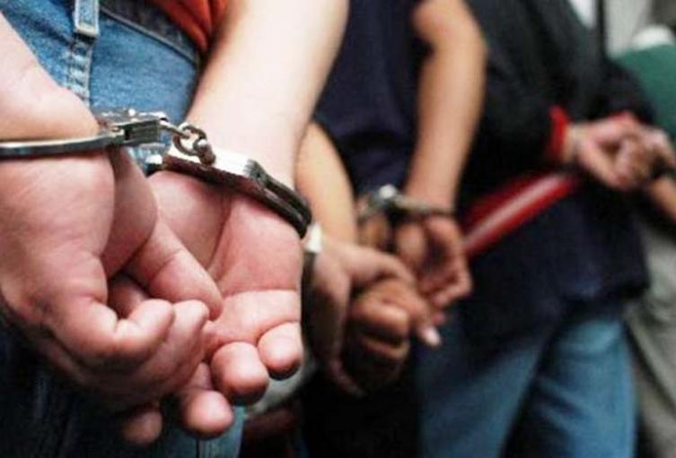 La madre de una de las victimas entregó a su hija al Icbf para poder continuar la relación con el victimario.