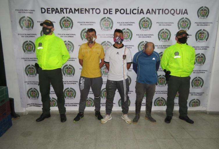 apturaron a tres presuntos implicados en masacre de Ciudad Bolívar