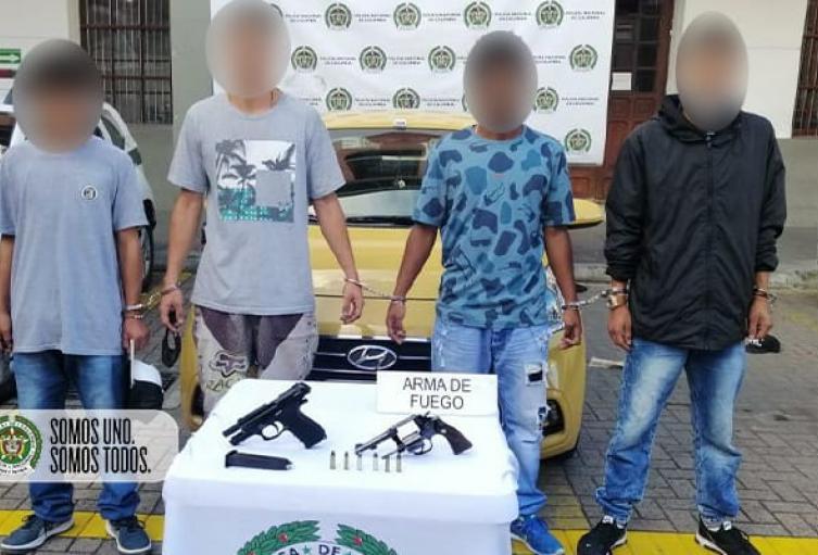 Capturaron a cinco presuntos ladrones en el barrio Laureles de Medellín