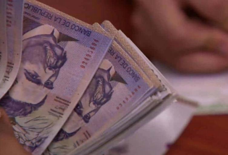 La prima de junio se tiene que pagar aunque sea a plazos: Mintrabajo