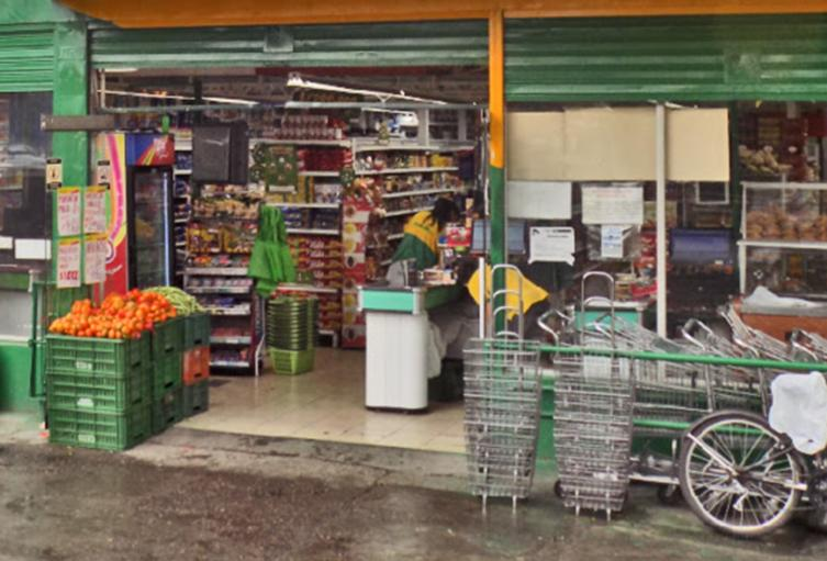 Las tiendas de barrio de Medellín solo podrán hacer domicilios en esta cuarentena estricta