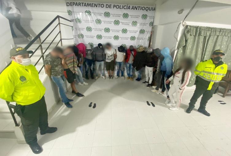 Militar venezolana estaba enrumbada con 13 personas más en el oriente antioqueño