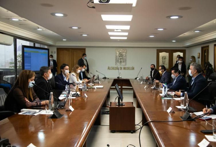 Reunión del presidente Iván Duque con el alcalde de Medellín y el gobernador encargado de Antioquia