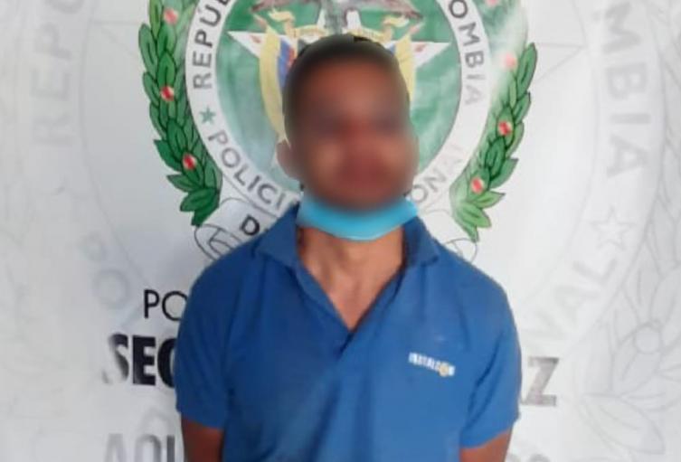 Casi linchan a hombre que iba a secuestrar a niña de 8 años en Medellín