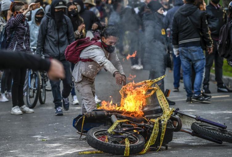 Protestas y disturbios en Bogotá y otras capitales, por la muerte de Javier Ordóñez.