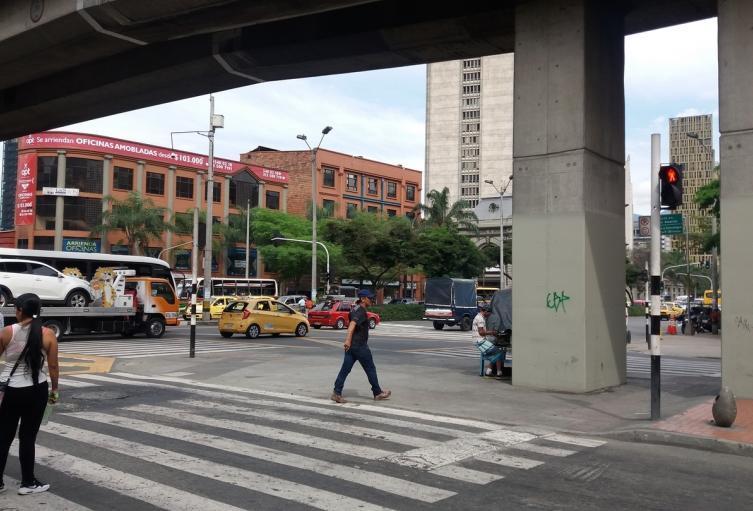 Riña entre un habitante de calle y un vendedor ambulante, dejó un muerto en el centro de Medellín