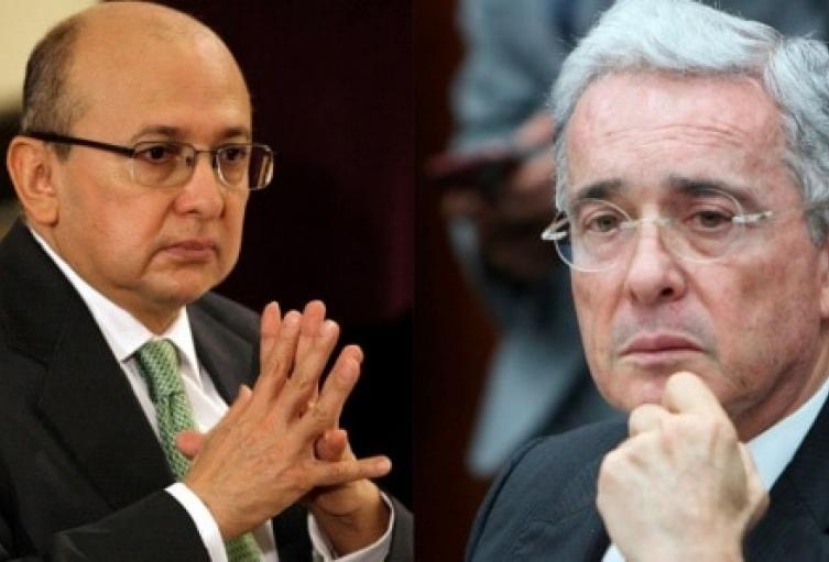 Exfiscal Montealegre se constituye como víctima en proceso contra Uribe