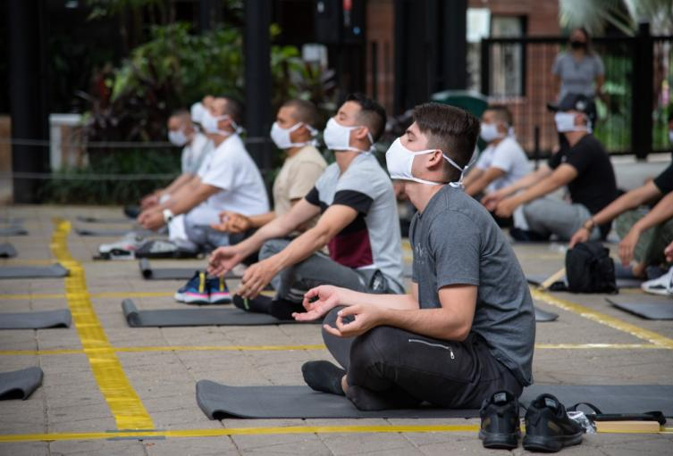 Meditación Policías