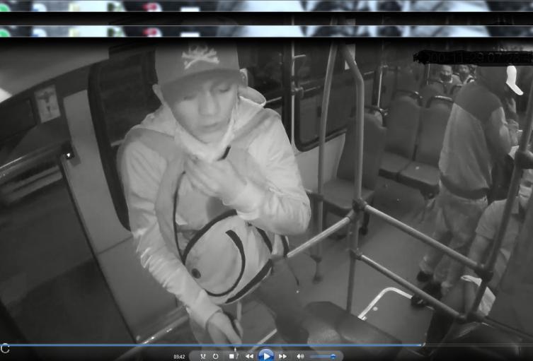 Vídeo de robo a pasajeros de bus en Barbosa, Antioquia