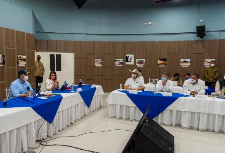 Reunión para analizar situación de orden público en Córdoba y Antioquia