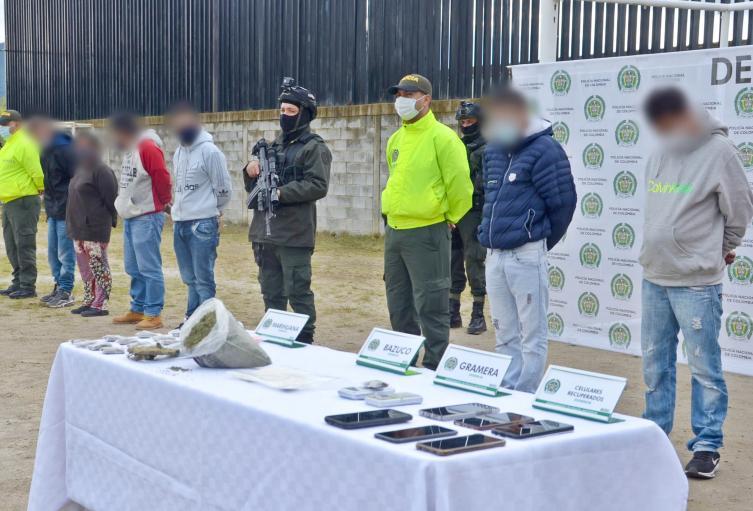 Los capturados serían responsables del tráfico local de estupefacientes y algunos homicidios.