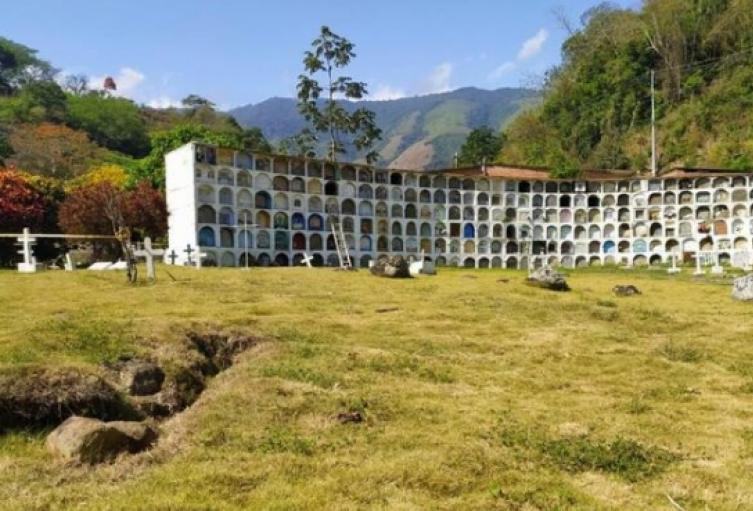 Cementerio Las Mercedes de Dabeiba, Antioquia.