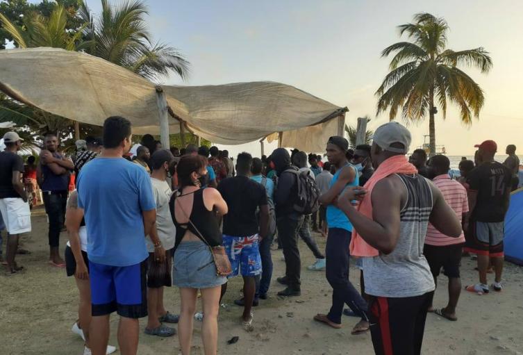 Los migrantes son en su mayoría, provenientes de Haití, Camerún y Senegal.