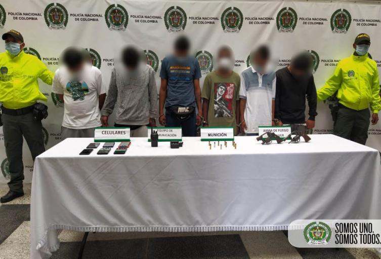 """Se metieron a las guaridas de seis integrantes del combo """"El Acopio"""" en el barrio Robledo"""