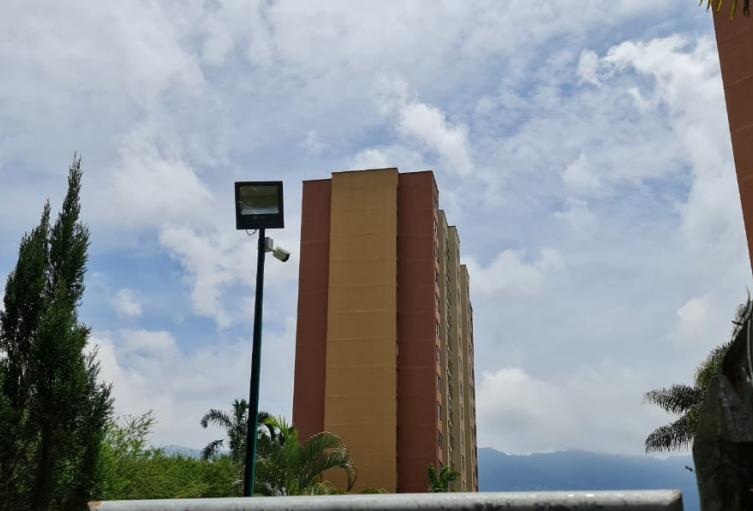 Investigan el fallecimiento de un niño de dos años que cayó desde un piso 15 en Medellín