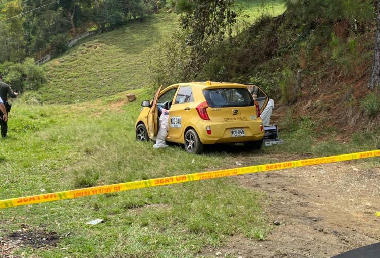 Asesinaron con arma blanca a taxista en Bello