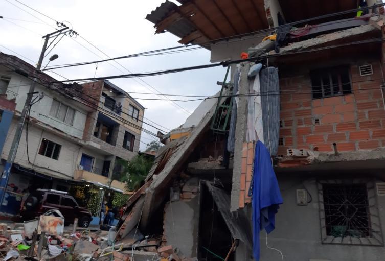 Ya son nueve los lesionados por explosión de vivienda en Robledo de Medellín