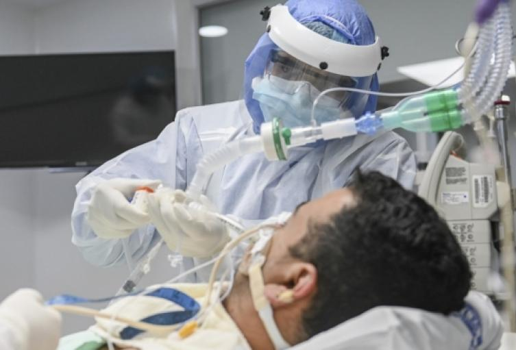 El Hospital Santa Lucía de Fredonia, Antioquia, se quedó sin camas UCI.