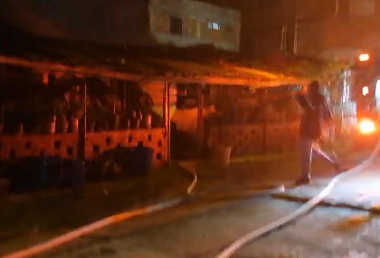 Le quema la casa al hombre que habría matado a su esposa e hija en La Estrella, Antioquia