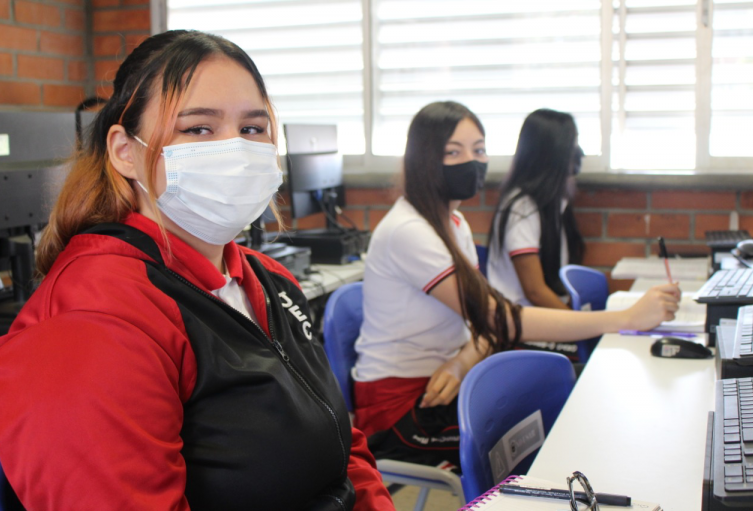 Los estudiantes que estudien en alternancia deberán cumplir con estrictos protocolos de bioseguridad.