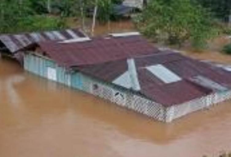 Cien municipios están en riesgo por derrumbes e inundaciones en Antioquia