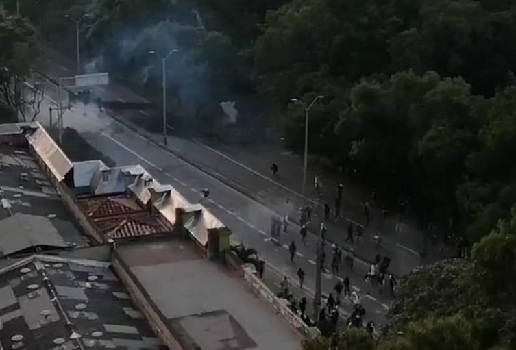 Lesionados en protestas en Medellín