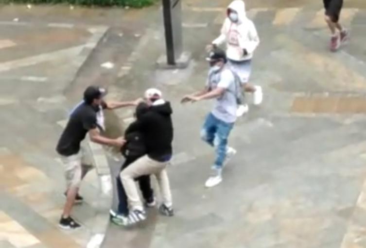 Tenebrosa modalidad de hurto se tomó los parques del centro de Medellín