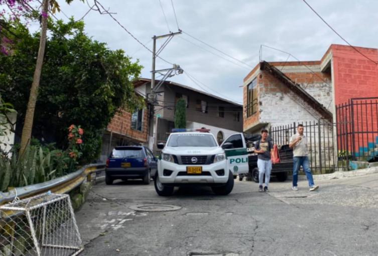 Este doble ataque fue perpetrado en plena vía de esta zona del suroccidente de Medellín.