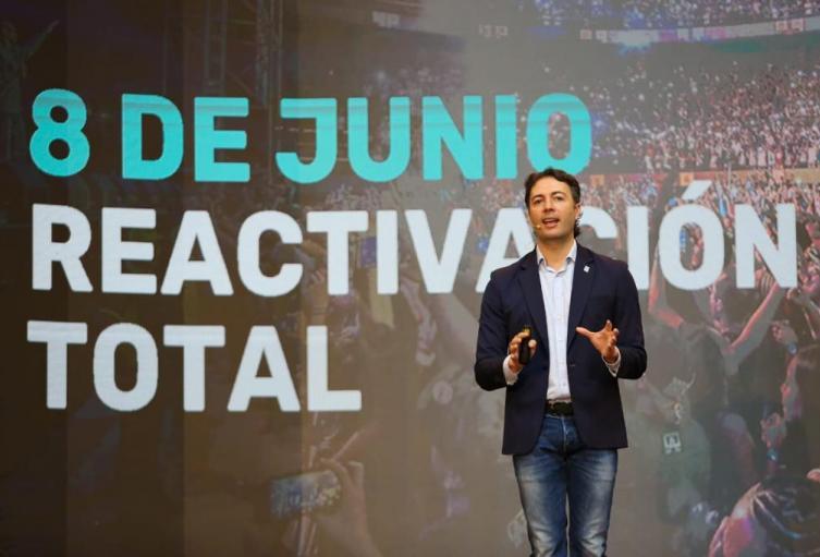 El anuncio de la reactivación total de la economía lo hizo el alcalde Daniel Quintero.