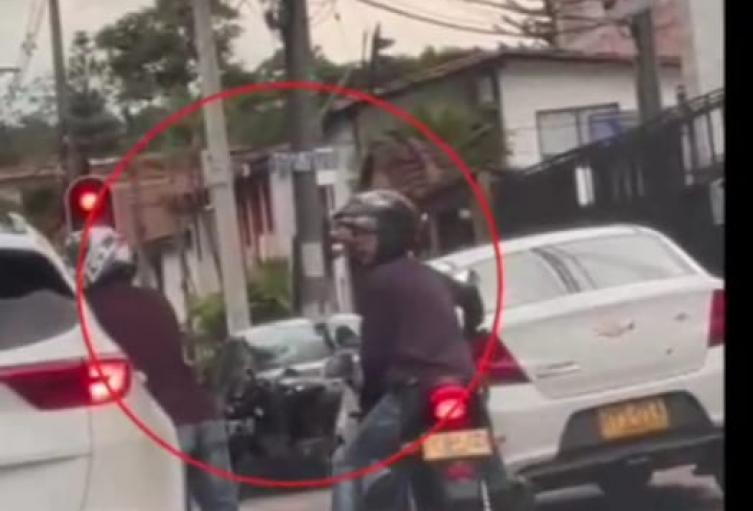 Recuperan cadenas de oro y celulares robadas en vías de Medellín