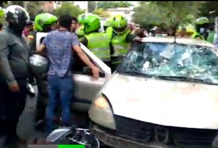 [Video] Supuesto ladrón es perseguido por la comunidad en el occidente de Medellín