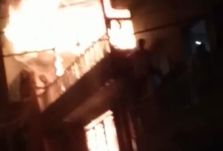 Dos personas muertas dejó incendio en una vivienda del barrio El Salvador de Medellín