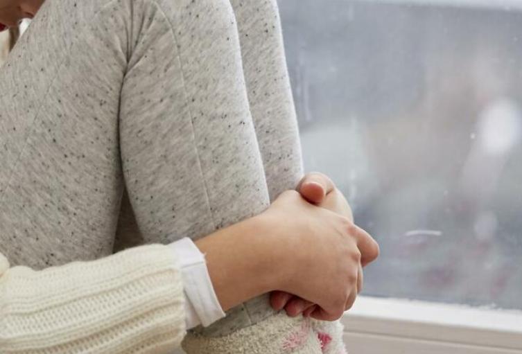 Producto de estos abusos la menor resultó embarazada, informó la Fiscalía.