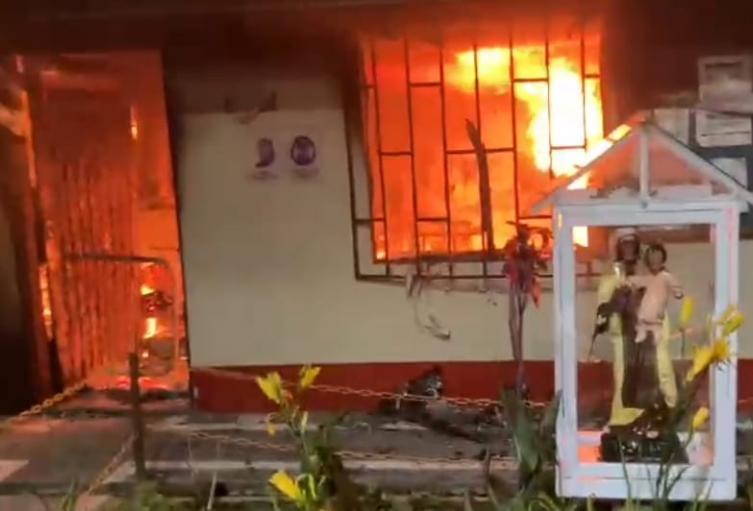 El Ejército denunció que el ataque del peaje en Yarumal, Antioquia, tenía como objetivo hurtar el dinero