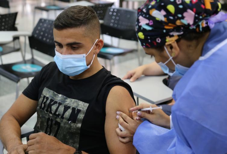 En Medellín hay dosis disponibles en los puntos de vacunación.