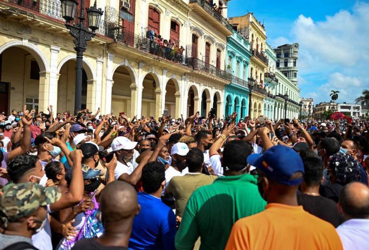 Protestas en Cuba contra Gobierno de Miguel Díaz Canel en 2021