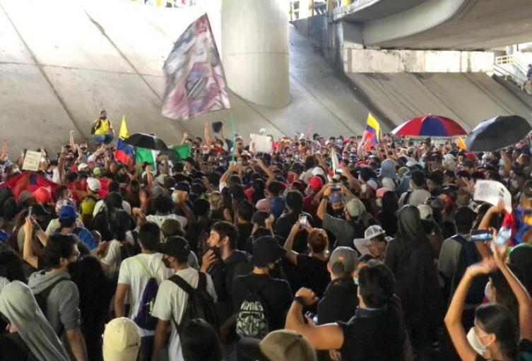 Las manifestaciones cumplen tres meses en el país.