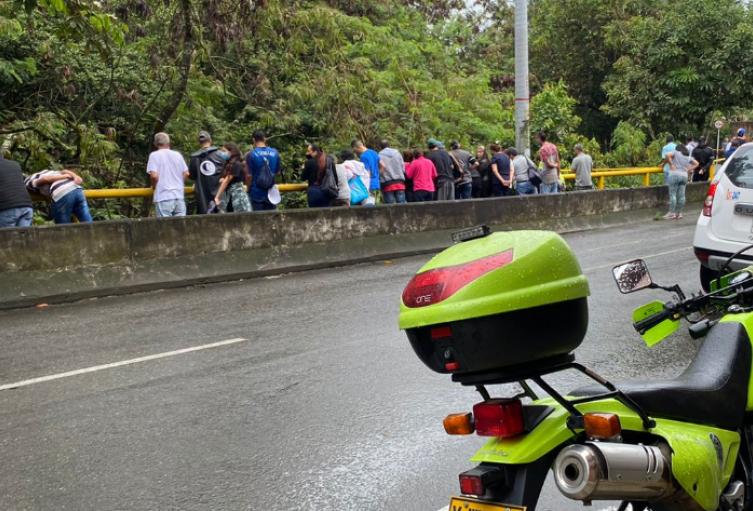 Hallaron cadáver en una quebrada en Envigado, Antioquia