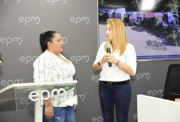 Momento en el que EPM pide perdón a los afectados por Hidroituango.