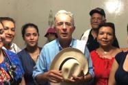 El senador Álvaro Uribe es quien lidera la elección de los candidatos del Centro Democrático.
