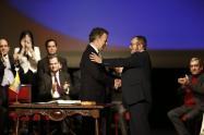 A pesar del resultado del plebiscito, el 24 de noviembre de 2016 se dio la firma de los Acuerdos de Paz entre el Gobierno Nacional y la guerrrila de las Farc.